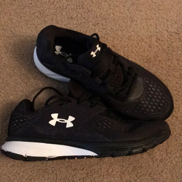 Under Armour Charged Rebel Sneaker